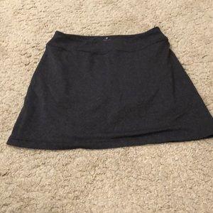 Athleta size M gray skirt built in shorts EUC